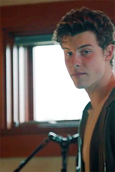 Mellea es una chica inexperta. Tan inocente y pura. Cuando Shawn, un … #fanfic # Fanfic # amreading # books # wattpad Shawn Mendes Memes, Shawn Mendes Imagines, Shane Mendes, New Netflix Movies, Mendes Army, Beautiful Men Faces, Shawnee, Perfect Boy, Male Face