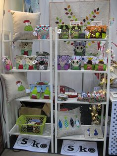 My booth at the Suomen Kädentaidot Creative Arts Studio, Craft Stalls, Craft Fairs, Christmas Crafts, Toddler Bed, Display, Quilts, Sewing, Inspiration
