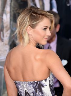 Hair Highlight: Julianne Hough at The Lone Ranger Premiere