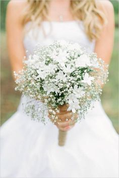 All white wedding bouquets are classic and elegant. There is nothing more beautiful than a wedding bouquet made with all white flowers. All White Wedding, White Bridal, Mod Wedding, Elegant Wedding, Perfect Wedding, Wedding Ideas, Trendy Wedding, Purple Wedding, Wedding Trends