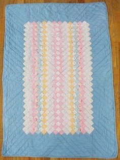 Depression Era Antique c1930 Authentic Baby Crib Quilt Blue Feedsacks | Vintageblessings
