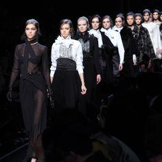 MFW: fashion show Ermanno Scervino - http://www.2fashionsisters.com/mfw-fashion-show-ermanno-scervino/