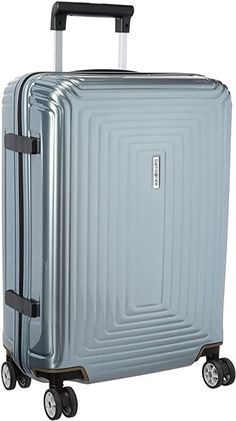 Because it's brand new and part of Samsonite's premium collection, it was a steeper price tag than the other suitcases on this list. But so far, it seems absolutely worth it. It is beautiful but you have to see this! Share with us your favorite! #TravelFashionGirl #TravelFashion #TravelAccessories #luggage #carryonluggage #lightweight Best Carry On Luggage, Hardside Luggage, Luggage Sets, Lightweight Luggage, Packing Light, Packing Tips For Travel, Material Design, Baggage