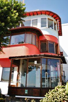 Galería de Clásicos de Arquitectura: La Sebastiana de Pablo Neruda - 23