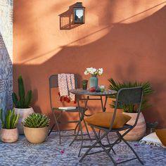 Vingt petits salons de jardin pour déjeuner en tête-à-tête sur la terrasse - Madame Figaro