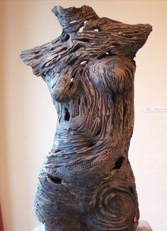 dusky torso, textured stoneware, by Pauline Lee
