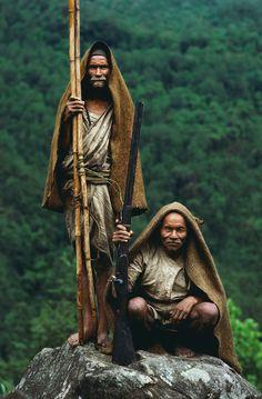Honey hunters of Nepal by Eric Valli