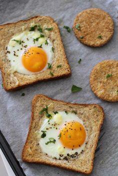 Pan tostado Silueta con huevo frito, ¡riquísimo y sencillo!
