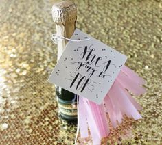 Free Printable 'She's going to POP' tags for baby shower favors