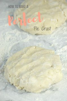 How to make a perfect pie crust. Full recipe + a step-by-step tutorial on gracefullybaking.com