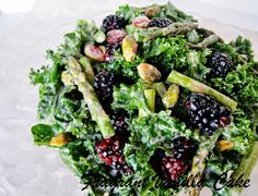 Raw Spring Kale, Asparagus, and Blackberry Salad with delcious light, creamy and lemony dressing from a raw almond butter base