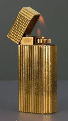 {Simple + Classy} Every Christmas Frank Sinatra would give100 gold Cartier lighters to his closest pals and favorite employees. My friend had one and his maid stole it