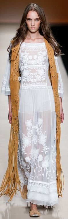 Alberta Ferretti spring/summer 2015 collection – Milan fashion week