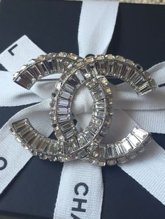 Authentic 2015 Chanel XL Ultimate Crystal CC Logo Brooch Pin SOLD OUT #Chanel
