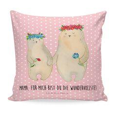 40x40 Kissen Bären mit Blumenkranz aus Soft-Feel Kissenbezug  Flauschig - Das Original von Mr. & Mrs. Panda.  Ein wunderschönes kuscheliges Kissen von Mr. & Mrs. Panda mit wunderbar weicher entnehmbarer Füllung  - liebevoll bedruckt, verpackt und verschickt aus unserer Manufaktur im Herzen Norddeutschlands. Das Kissen hat einen Reißverschluss zum Entnehmen der Füllung und die Größe von 40x40 cm.    Über unser Motiv Bären mit Blumenkranz  Das Gefühl verliebt zu sein und seinen Verbündeten…