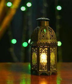 (( أياما معدودات )) انتبهوا...باقي على انتهاء رمضان ٧ ايام  ..سددوا. وقاربوا..وشمروا..واجتهدوا... #رمضان