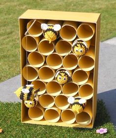 Easy Spring Crafts for Kids to Make at School - Bees and Beehives Back To School Crafts For Kids, Bee Crafts For Kids, Spring Crafts For Kids, Summer Crafts, Kids Crafts, Bee Activities, Chuck Box, Bee Art, Bee Theme