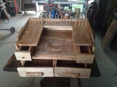 Fly tying 2 Fly Tying Desk, Fly Fishing, Benches, Woodworking, Flat, Decor, Fishing, Banks, Bass