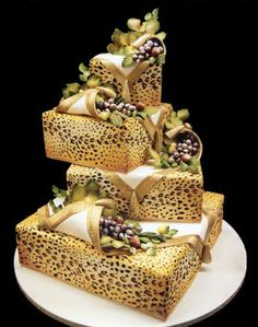 leopard print wedding cake 1000 images about wedding cakes animal prints indian 16826