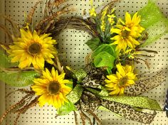 July/August-Sunflower wreath burlap ribbon and mesh-ex 4