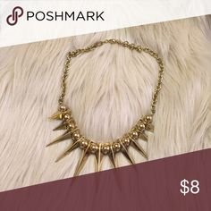 Spiked Forever 21 Necklace Great statement necklace from Forever 21 in great condition, never worn. Forever 21 Jewelry Necklaces