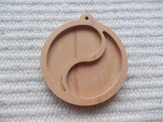 Wooden yin yang Pendant Base with loop Yin yang pendant Setting yin yang resin tray jin jang wooden bezel cup  www.artwoodenstuff.com