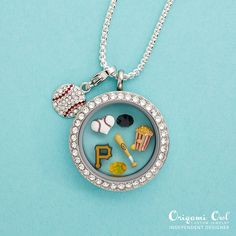 Origami Owl is a leading custom jewelry company known for telling stories through our signature Living Lockets, personalized charms, and other products. Origami Owl Keychain, Origami Owl Lockets, Origami Owl Jewelry, Origami Ball, Origami Butterfly, Locket Bracelet, Pittsburgh Pirates, Pittsburgh Sports, Personalized Charms