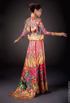 Guo Pei 2012 Fashion Collection - this lady designs some crazy beautiful dresses and women's garments