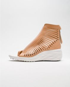 fashion we like / Womens Shoe / Lether / Brown / Cuts / patern / White Sole / at MY EYES OPEN