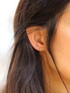 Piercing Imitation LOVE Blue Cartilage Ear Cuff TWO HEARTS/fake faux false piercing/ohrklemme ohrclip/ear wires jacket/blue ear manschette - Custom Jewelry Ideas Piercing Rook, Double Ear Piercings, Second Piercing, Cute Ear Piercings, Tragus, Body Piercing, Smiley Piercing, Bar Stud Earrings, Simple Earrings