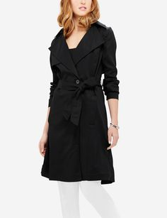 Soft, silky fabric is so ladylike glamorous! Whether over a dress or pant look, this gorgeous coat makes a fine outfit finish. Blazers For Women, Jackets For Women, Clothes For Women, Work Looks, Blazer Jacket, Glamour, Trench, My Style, Coat