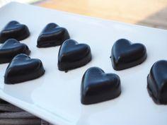 bymariamarisol – Hjemmelaget lakrisgodteri Candy Cakes, Healthy Sweets, Diabetes, Food And Drink, Low Carb, Treats, Snacks, Cookies, Drinks