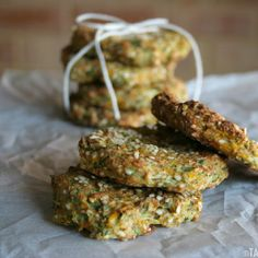 Delicious savory soft cookies with zucchini, carrot and kale. Easy to make, ready to be baked in 5 mins. {vegan}