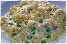 Tortellini a la Chef     250 g Tortellini (Trockenprodukt) garen,  abgießen und in den Topf zurück schütten     während die Tortelli...