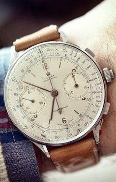 vintage Rolex watch #running #runningmen #menfitness #runningtees #runningwear #runningwatch #runningwatches #sportswatches #sportsmenwatches #menwatches