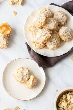 Gluten-Free Almond Cookies - It's Not Complicated Recipes Gluten Free Almond Cookies, Italian Almond Cookies, Almond Meal Cookies, Homemade Apple Butter, Homemade Honey Mustard, Chocolate Chip Cookies Image, Christmas Snack Mix, Christmas Ideas, Dairy Free Biscuits