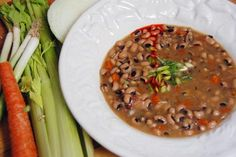 Shiner Bock New Year's Black-eyed Pea Chowder Black Eyed Pea Soup, Black Eyed Peas, Pea Recipes, Real Food Recipes, Best Black Eyed Pea Recipe, Chowder Recipes, Soup Recipes, Cooking With Beer, Bacon Soup
