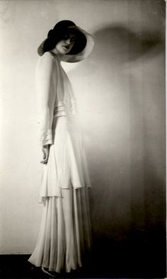 Glamour is as much in the attitude as it is in the clothing. Still, this 1930s frock is the height of elegance with its flowing lines and supple movement. Learn to care for vintage clothing at www.mamasmiracle.com