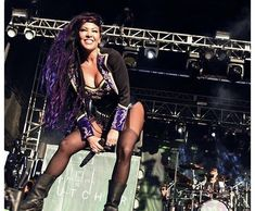 Carla Harvey from The Butcher Babies Metal Girl, Metal Sinfónico, Metal Bands, Rock And Roll Girl, Rock Roll, Butcher Babies, Rock Queen, Women Of Rock, Rocker Chick