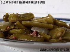 Old-Fashioned Seasoned Green Beans, the healthy, real food way! Tastes like the. Old-Fashioned Seasoned Green Beans, the healthy, real food way! Tastes like the Cracker Barrel gre Real Food Recipes, Great Recipes, Vegetarian Recipes, Favorite Recipes, Yummy Recipes, Recipies, Side Dish Recipes, Side Dishes, Main Dishes