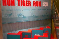 Onitsuka Tiger Lenticular Installation