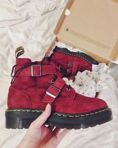 The Masha boot in Wine, shared by ambxr_j.