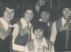 osmond brothers   THE OSMONDS OSMOND BROTHERS pinup – In matching outfits! Young boys!