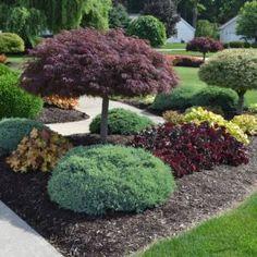 46 Stylish Front Yard Landscaping Ideas | homenimalist.com