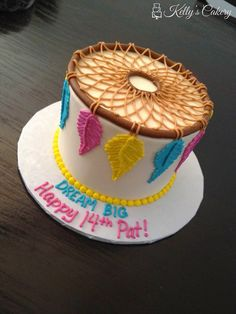 Dream Catcher Cake - www.KellysCakery.com