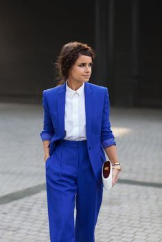 The Working Girl i love this blue outfit its georgous found this lovely pic on the obaz site its a nice site for womens fashions