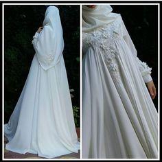 Tesettür İç Çamaşır Modelleri 2020 - Tesettür Modelleri ve Modası 2019 ve 2020 Wedding Abaya, Muslimah Wedding Dress, Muslim Wedding Dresses, Muslim Brides, Muslim Dress, Wedding Dress Sleeves, Bridal Gowns, Wedding Gowns, Hijab Fashion Inspiration