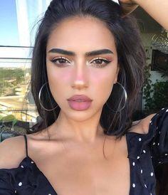 neutral makeup looks Makeup Eye Looks, Cat Eye Makeup, Natural Makeup Looks, Prom Makeup, Pretty Makeup, Skin Makeup, Bridal Makeup, Wedding Makeup, Cute Makeup Looks