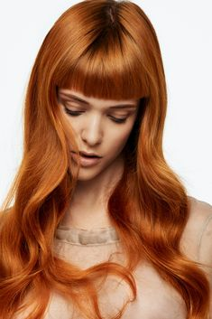 one concept Red Collection Hairstyles With Bangs, Pretty Hairstyles, Shades Of Red Hair, 50 Shades, Beautiful People, Most Beautiful, Short Bangs, Color Your Hair, Shiny Hair