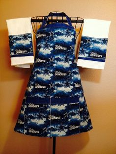 Dallas Cowboys apron and towel set by Therapythreads on Etsy, $40.00